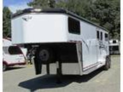 """2019 Hawk Trailers 2+1 GN with Dress 7'6""""x6'8"""" 3 horses"""