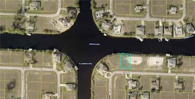 3523 NW 9th TER Cape Coral, Go fishing right in your back