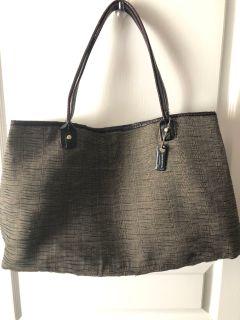Liz Claiborne tote bag/purse