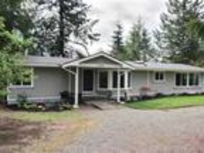 Bonney Lake 1 Story with Large Lot