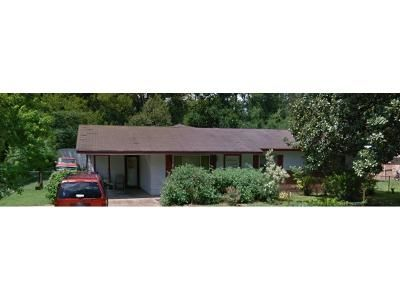 Foreclosure Property in Jackson, MS 39212 - Woodville Dr