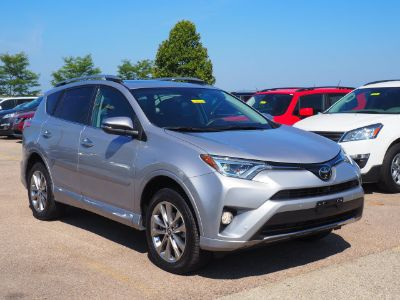 2017 Toyota RAV4 Limited (Silver Sky Metallic)
