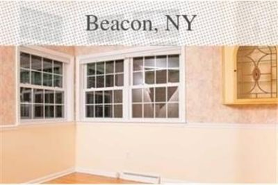 Beacon - superb House nearby fine dining. Washer/Dryer Hookups!