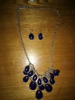 Chaming Charlie necklace and earrings