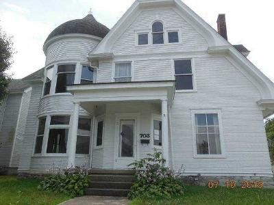4 Bed 2 Bath Foreclosure Property in New Castle, IN 47362 - Broad St