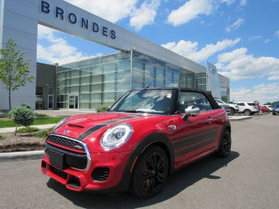 2017 MINI Convertible (Chili Red)