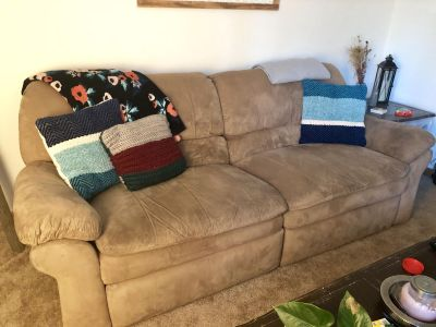 Couch & Loveseat Chair