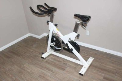 Chain Drive Indoor Cycling Trainer Exercise Bike by Sunny Health & Fitness