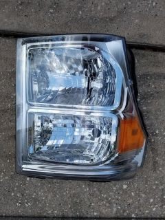 2016 Ford F250 Super Duty Platinum Headlight Assembly (both sides)