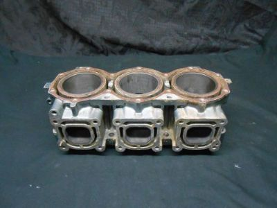 Buy Yamaha Waive Rider Wave Venture 1100 95 96 97 Engine Cylinder Block / Jug OEM motorcycle in Tampa, Florida, United States