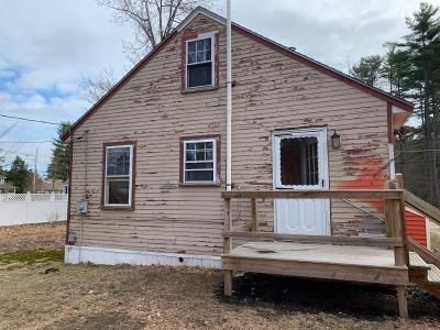 2 Bed 1 Bath Foreclosure Property in Milton, NH 03851 - Jackson St