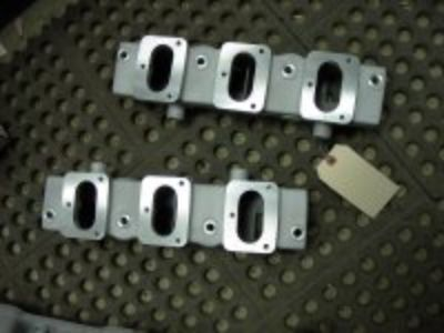 Offenhauser Oldsmobile 1949-58 6 carb log manifold $349.99
