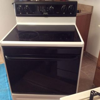 Frigidaire ceramic cooktop stove, is in good working condition. We fully renovate kitchen