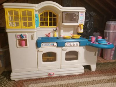 Vintage Little Tikes Country Kitchen