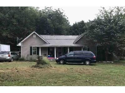 3 Bed 2 Bath Foreclosure Property in Etowah, TN 37331 - County Road 849