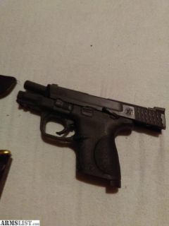 For Sale: Smith and Wesson M&P9c