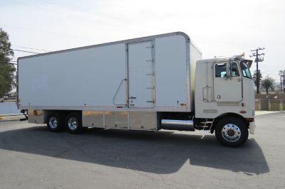 1989 Peterbilt 362 Sleeper COE 32 ft. Box Van Grip Truck