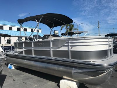 2018 Lowe Retreat 230 WT Pontoons Boats Holiday, FL