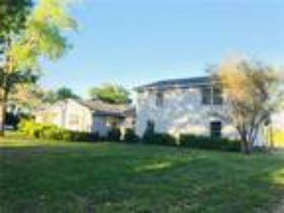 Available Property in Van Alstyne, TX