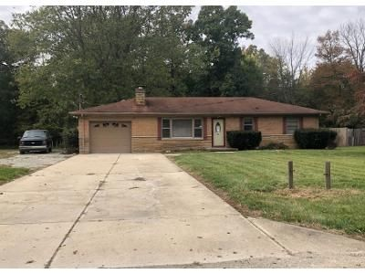 3 Bed 1.5 Bath Preforeclosure Property in Mooresville, IN 46158 - N Poplar Dr