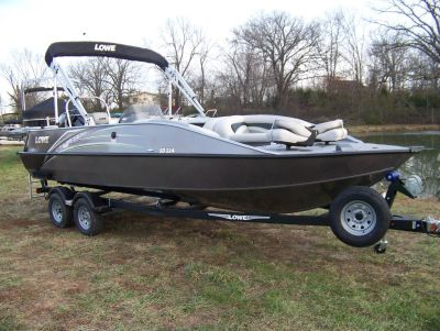 2019 Lowe SD224 DECK BOAT W/ MERCURY 175 & TRAILER Deck Boats West Plains, MO