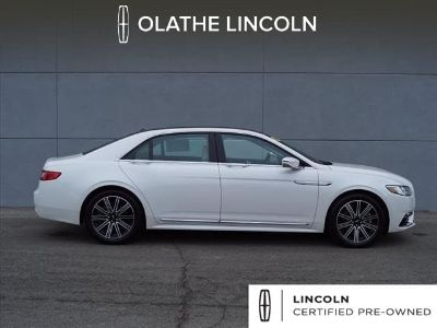 2017 Lincoln Continental Reserve (White Platinum Tri-Coat)
