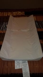Changing pad with 2 covers