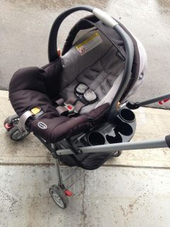 Chico keyfit 30 car seat with travel stroller
