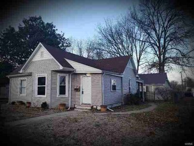 417 South First Street Caseyville Three BR, What a find!