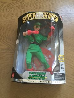 The green arrow action figure