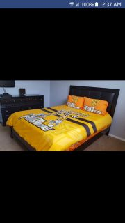 Nice Queen Bed and 6 drawer Dresser