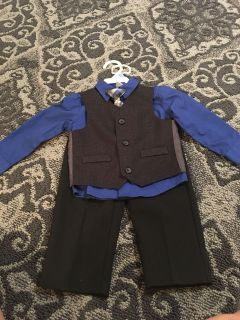 Boys dress shirt, vest, pants, and tie. Only worn once for a wedding. In GUC. Size 24m. Asking $7