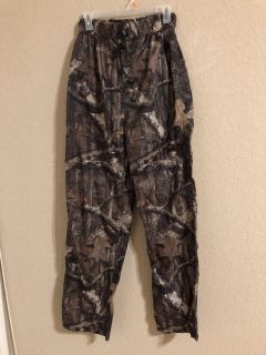 Red Head Camouflage Nylon Wind Hunting Pants. Brand New. Size Small. Unisex