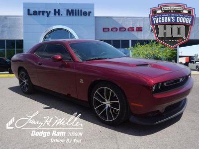 2018 Dodge Challenger R/T Scat Pack (Octane Red Pearlcoat)