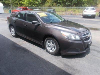 2013 Chevrolet Malibu LS (Grey)