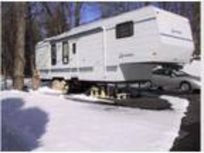 1996 Sportsmen 5th Wheel