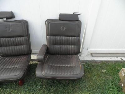 $200 Leather Seats from Cadillac Mounted on Van/Truck Pedistals Very Nice