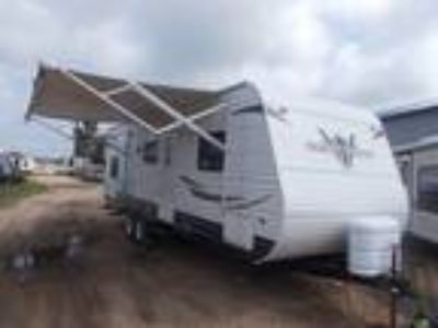 2012 Heartland RV North Country NC 27FQBS SLT