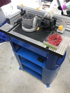 Central Machinery Router w/Full Size Table