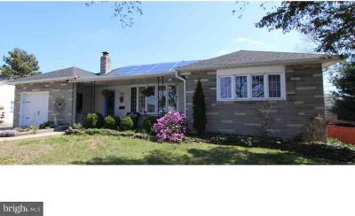 86 Morse Ave Greenwich Township Four BR, Everything you have