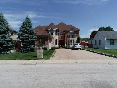 4 Bed 3.5 Bath Foreclosure Property in Harwood Heights, IL 60706 - W Winona St