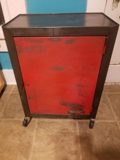 Work Shops Metal Rolling Tool Cabinet*REDUCED*