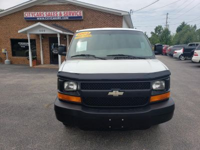 2004 Chevrolet Express 2500 2500 (White)