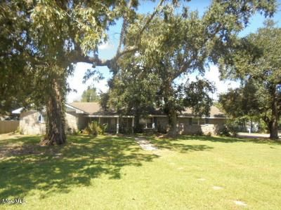 3 Bed 3 Bath Foreclosure Property in Long Beach, MS 39560 - E 3rd St