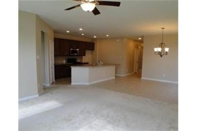 House for rent in Katy. Washer/Dryer Hookups!