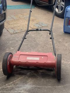 Craftsmen 16in Reel lawn mower