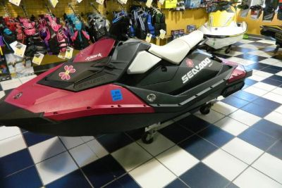 2015 Sea Doo Spark 2up ROTAX® 900 ACE™ Convenience Package