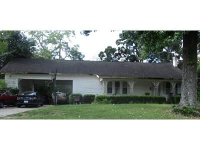 3 Bed 2 Bath Foreclosure Property in Liberty, TX 77575 - Grand Ave