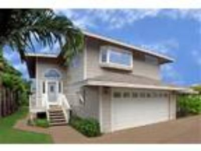 Charley Young Beach House: Three BR Two BA Ocean View - House