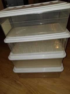 4 Storage containers small